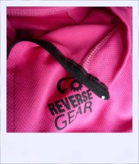 Banksia Blush women's recumbent cycling jersey - close-up collar
