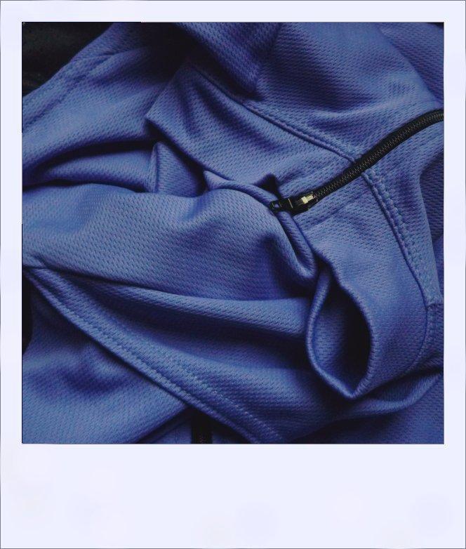 Belah recumbent jersey purple - collar close-up