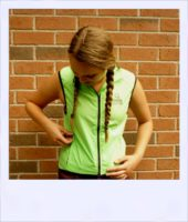 Breeze sleeveless cycle vest - Green female - front